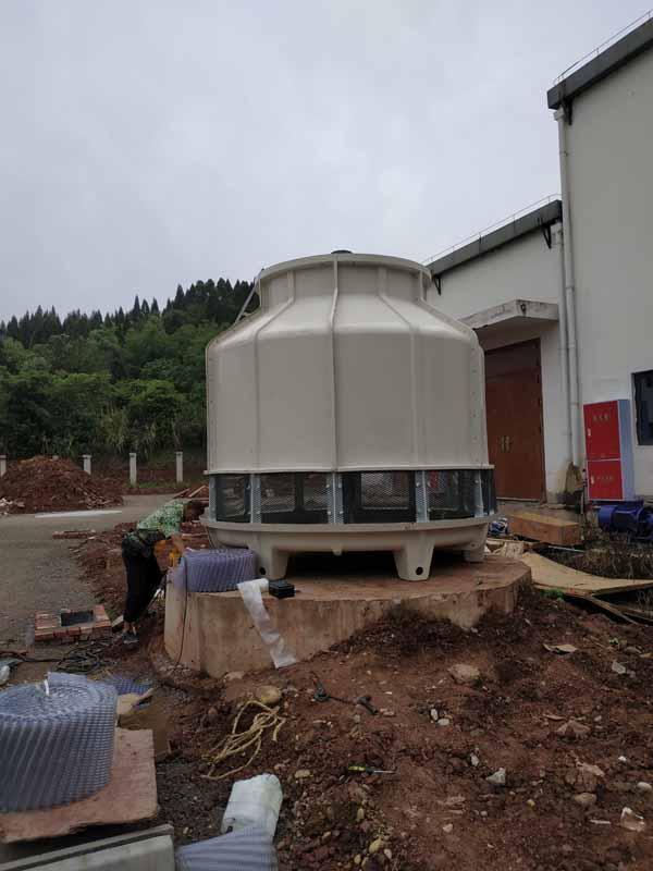 四川遂宁GL-125T冷却塔安装现场